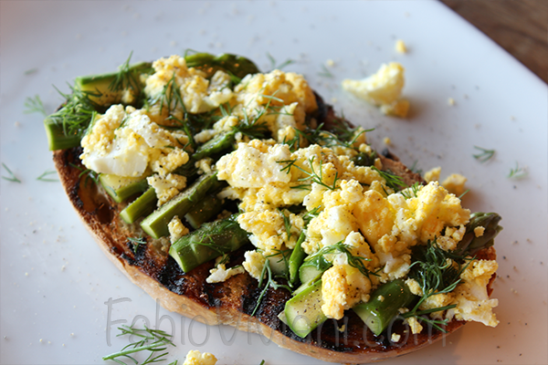 10 Minute Eggs and Asparagus | Chef Fabio Viviani